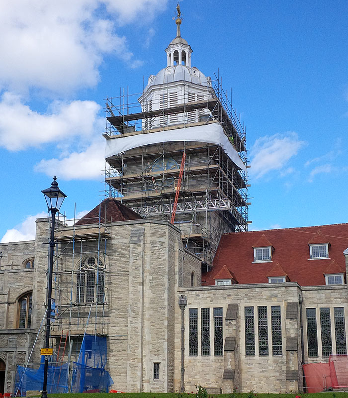 portsmouth cathedral decorating contract